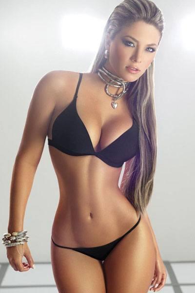 Daniela Tamayo perfect body