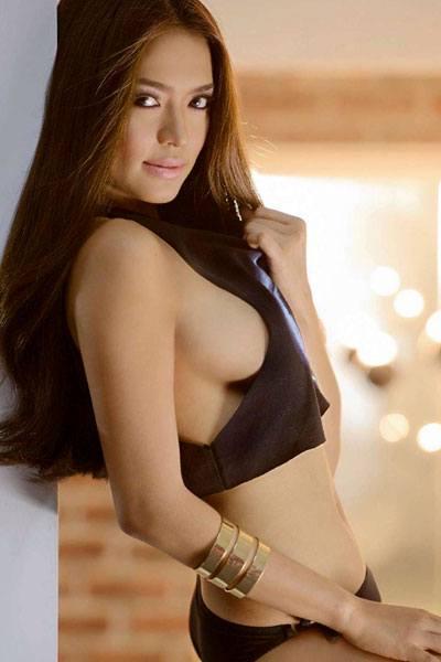 exquisite body of Bangs Garcia