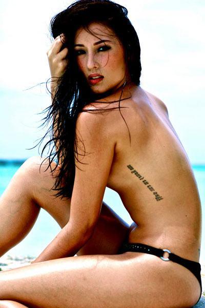 topless Solenn Heussaff in the beach