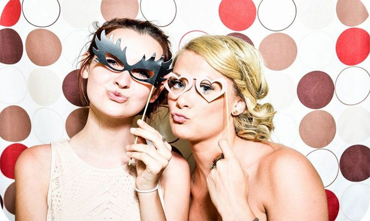 two-beautiful-ladies-in-a-masquerade