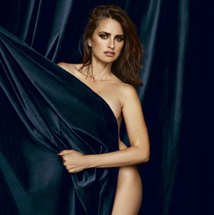 Penelope Cruz extremely hot