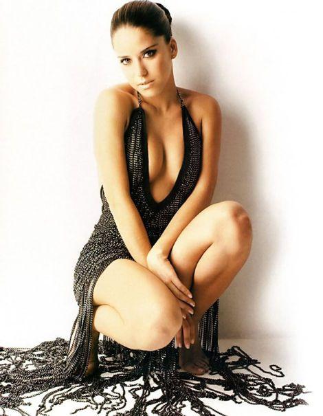 Belgica Suarez classy but seductive