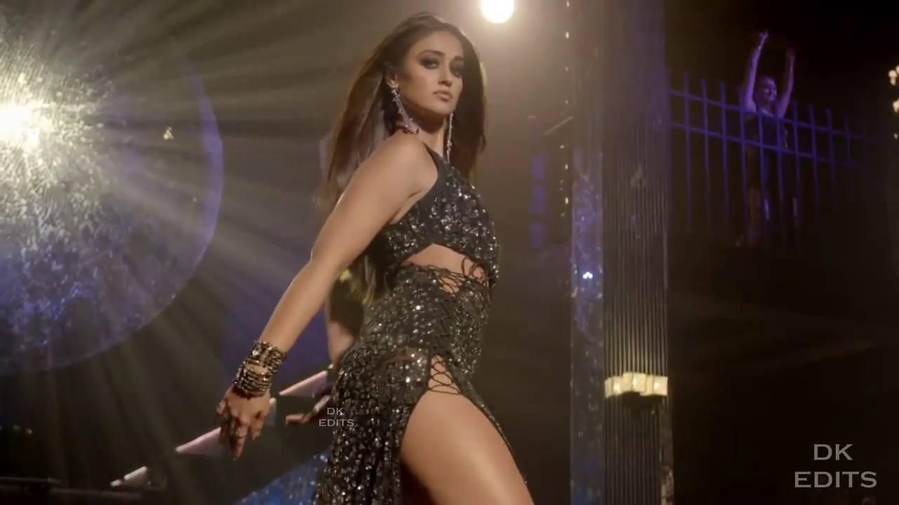 Ileana D'Cruz dancing