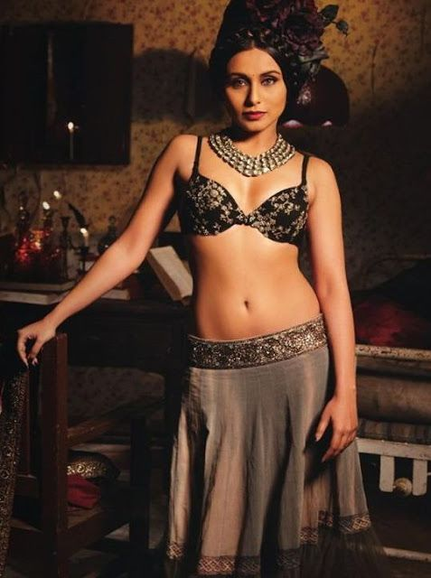 Rani Mukherjee hot abs