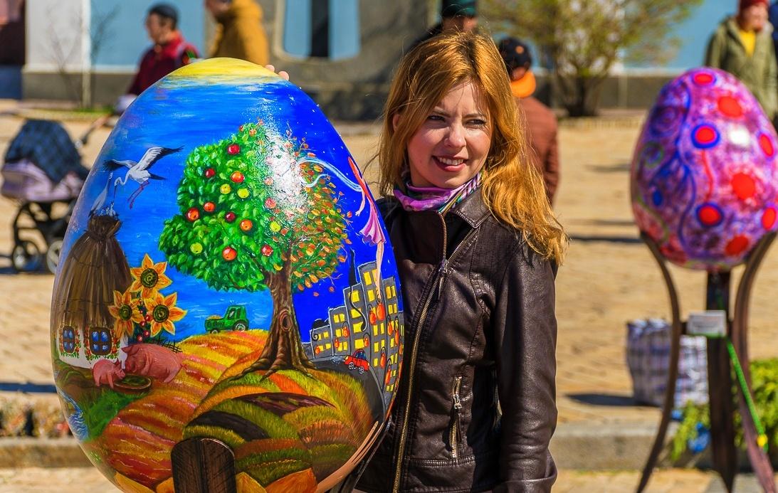 gorgeous redhead Ukrainian woman