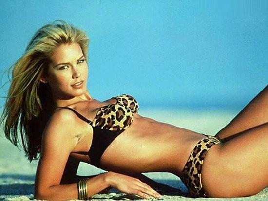 Valeria Mazza leopard print bikini