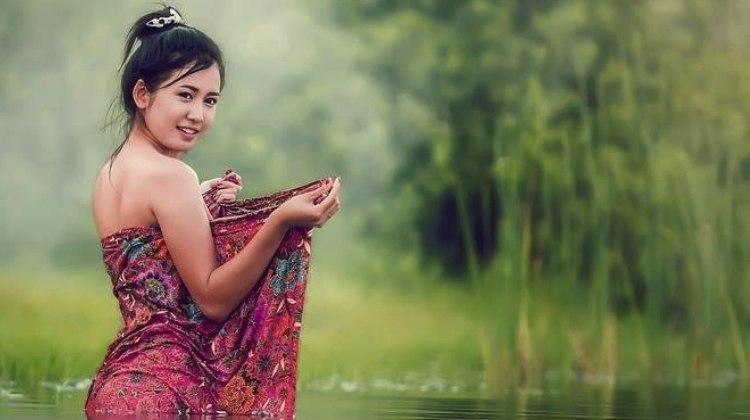 sexy Vietnamese girl