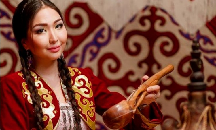 beautiful kazakh woman
