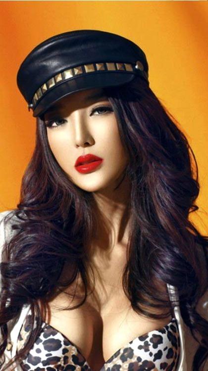 Gorgeous Li Ying Zhi