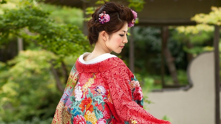 japanese girl on wedding attire kimono