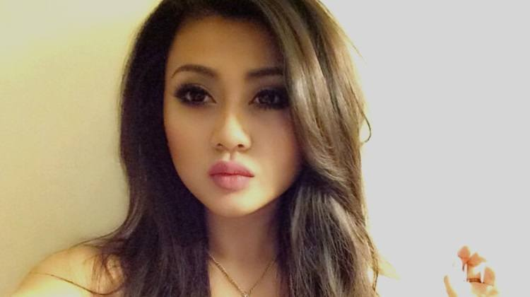 gorgeous khmer girl