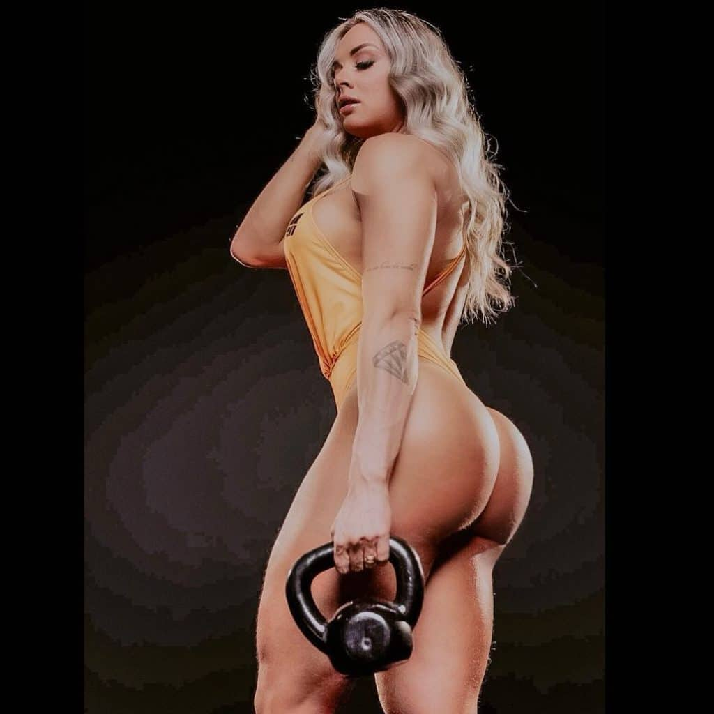 Juliana Salimeni fitness