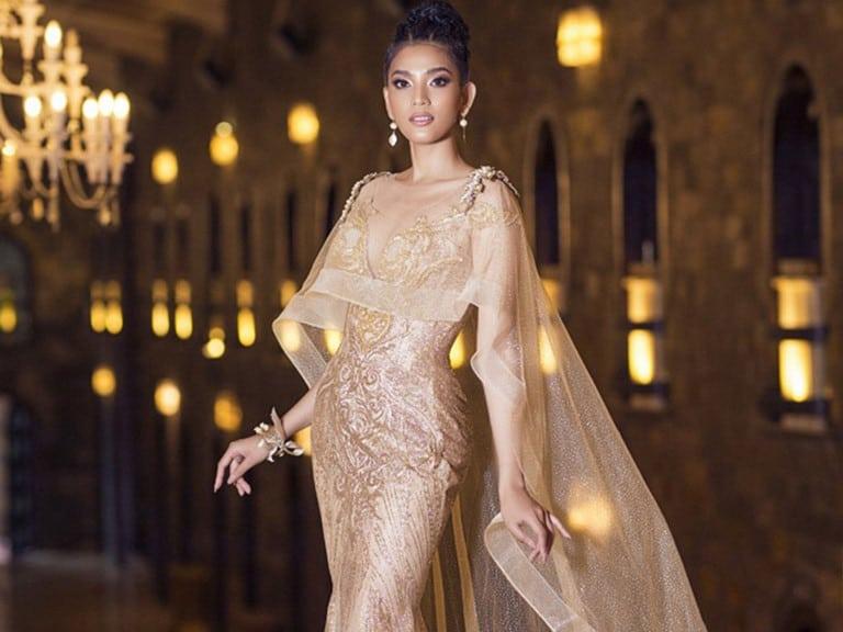 Truong Thi May beautiful and elegant